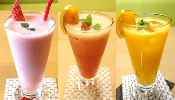今が旬です!産直フルーツのフレッシュジュース