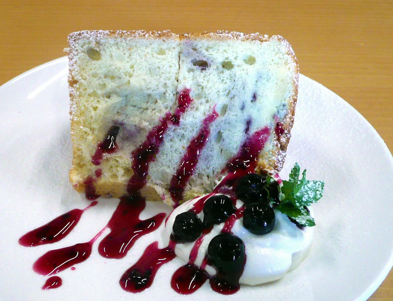 ブルーベリーシフォンケーキ