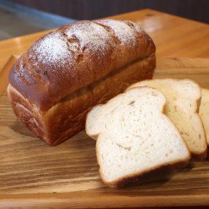 新食パン『ピュア食パン』販売開始