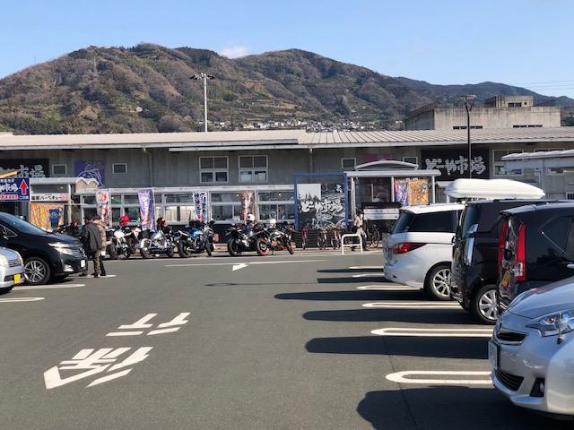 みなっと駐車場